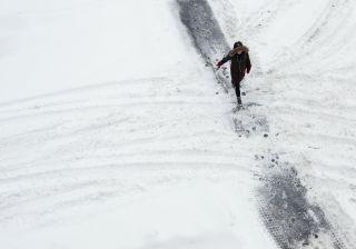 Leste dos EUA em operações de rescaldo após tempestade de neve