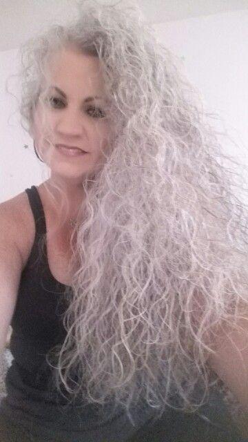 Sarah Chapman #grey #hair #curly #natural