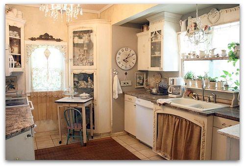 Romantic cottage white shabby chic farmhouse vintage for Romantic kitchen designs