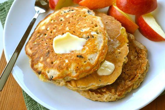 Oatmeal Cookie Pancakes!
