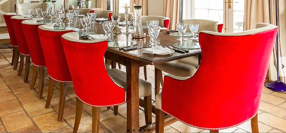.@TheDiningChair @ThePimlicoRoad fabulous collection of #dining #chairs to suit every taste!