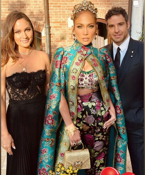 Stars Step Out in Venice for glam D&G Fashion Show