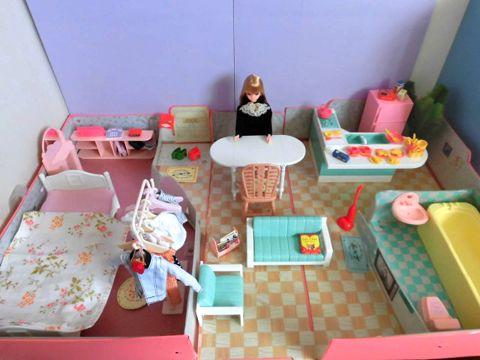 久しぶりのジェニーハウスにドリームジェニー 1 6ミニチュアでお人形