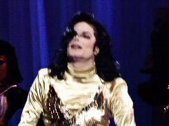 MιcнαєƖ Jαcкѕση ❤ Rємємвєя Ƭнє Ƭιмє. Mу ƓσƖɗєη Ɠσɗ MιcнαєƖ! Oσρѕ, ɗση'т fαƖƖ вαву! Ƴєєєѕѕѕѕ..... ηιcє яєcσνєя! ٩(-̮̮̃•̃)۶ Ƭнαт'ѕ MJ cƖαѕѕ αηɗ ραηαcнє αƖƖ тнє ωαу! OηƖу MJ cαη мαкє α ѕтυмвƖє Ɩσσк αɗσяαвƖє, αƖƖυяιηg αηɗ S-Ɛ-X-Ƴ!!! ◕‿◕ ❤❤❤❤
