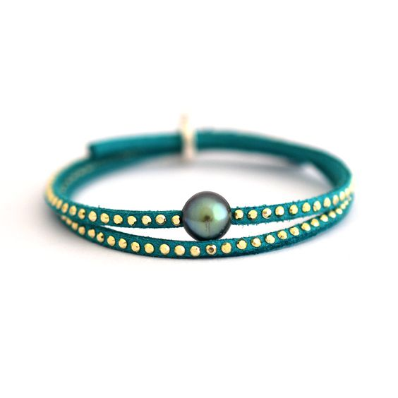Bracelet Cuir Perle de Tahiti http://www.poemotu.com/perles-de-tahiti/fr/bracelets-cuir-perles-de-tahiti-poemotu/455-bracelet-cuir-perle-de-culture-de-tahiti-.html