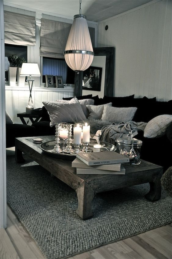 Living rooms grey and grey rugs on pinterest - Grey and black living room pictures ...