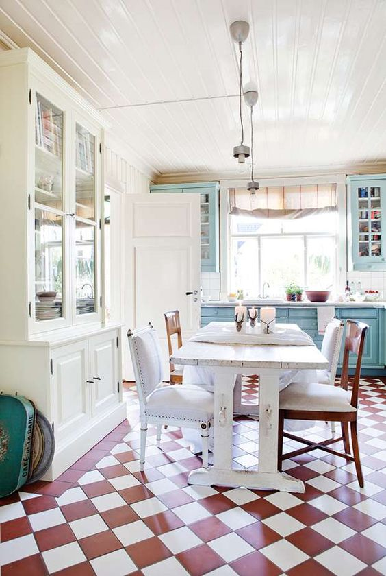 French inspired Norwegian cottage