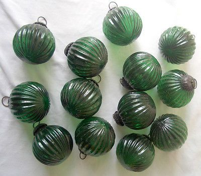 10 alte Bieder Christbaum Zapfen/ Kugeln Weihnacht Baumschmuck grün durchsichtig