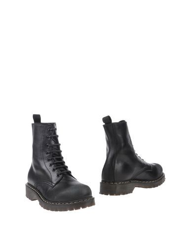 HAPPINESS Ankle boot. #happiness #shoes #stiefelette
