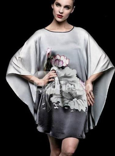 New Arrival Top Grade Silk Gray Hand-Painting Batwing-sleeved Sleepwear