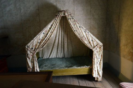 I would have loved this canopy bed as a child.  Something to remember when I have my own children.