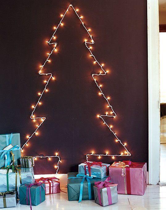Božićno drvo od lampica - domidizajn.jutarnji.hr