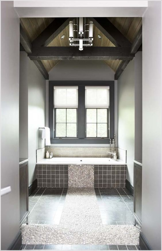 Bathroom-Eclectic-Bathtub-Tile-chandelier-dark-wood-beams-dark-wood-trim-river-rock-accent-river-rock-floor-river-rock-pattern-stone-floor-tile-floor-vaulted-ceiling-window-treatment-wood-ceiling-id-1481.jpg (642×996)