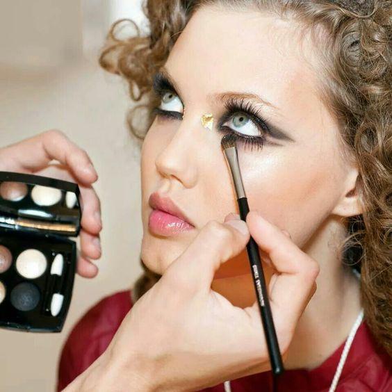 CHANEL Resort makeup