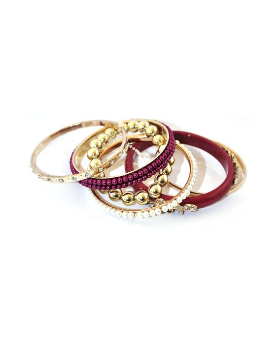 Pulseiras vinho e dourada de seis peças - Acessórios - Doll's Boutique