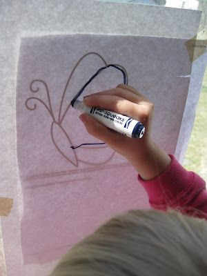 I Love this blog! Every Tuesday is 'drawing day' it would be perfect to introduce journaling. This specific day they did tracing. My kids would love that.
