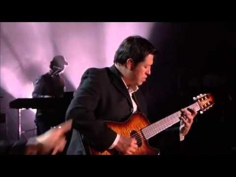 Jesus Adrian Romero - No Es Como Yo (En Vivo) - YouTube