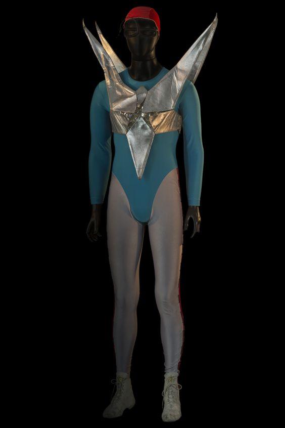 """Costume pour le rôle de Startreck dans """"Parade"""", Ballet Preljocaj, 1993. © Pascal François / CNCS"""