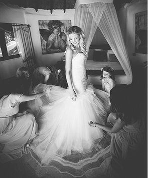 Kenneth Pool By Amsale Valentina Wedding Dress. Kenneth Pool By Amsale Valentina Wedding Dress on Tradesy Weddings (formerly Recycled Bride), the world's largest wedding marketplace. Price $3000.00...Could You Get it For Less? Click Now to Find Out!