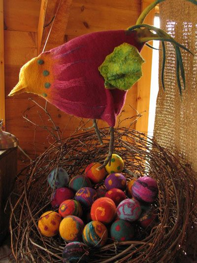 Felted bird and nest eggs.