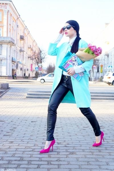 Spring in the city ! Mint coat