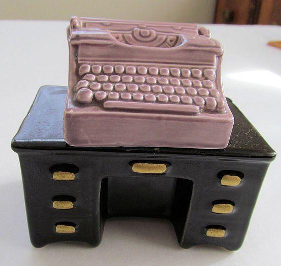 Fantastic  HTF Purple TYPEWRITER  and Black DESK Vintage Salt & Pepper Shakers Set on Etsy, $35.00