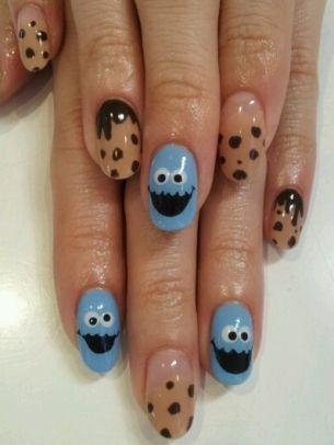 Cute! Cookie monster nail art