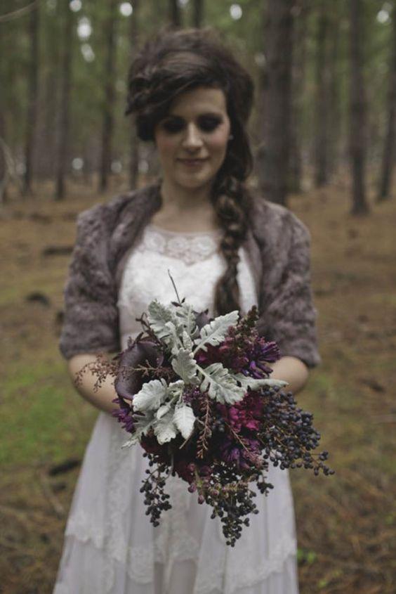 Fall Wedding Bouquets For Autumn Brides ❤ See more: http://www.weddingforward.com/fall-wedding-bouquet-ideas-autumn-brides/ #weddings