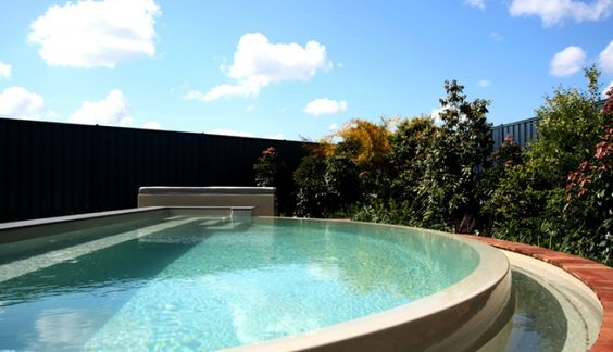 The horizon range swimming pools fibreglass pools for Swimming pool dealers