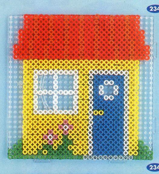 Manoirs technique de d coupage and petites maisons on for Modele maison perle a repasser