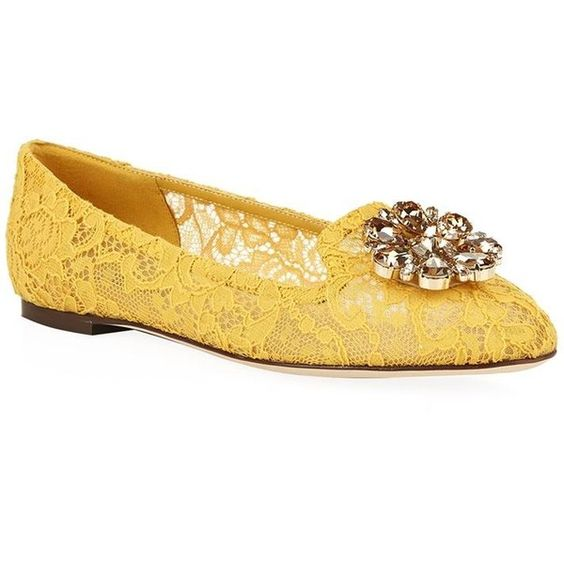 Dolce & Gabbana Cindy Lace Flat ($775) ❤ liked on Polyvore featuring shoes, flats, shoes-flats, floral shoes, flat shoes, flower print shoes, summer shoes and floral flats