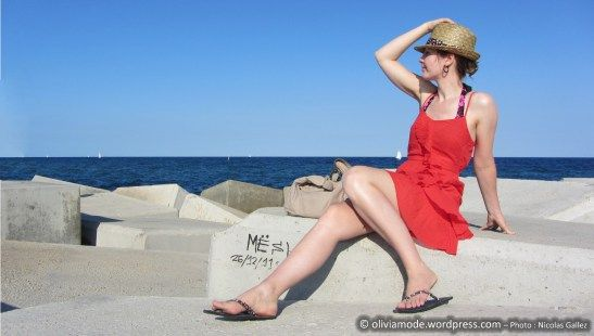 Robe corail Mim, chapeau de paille borsalino C&A