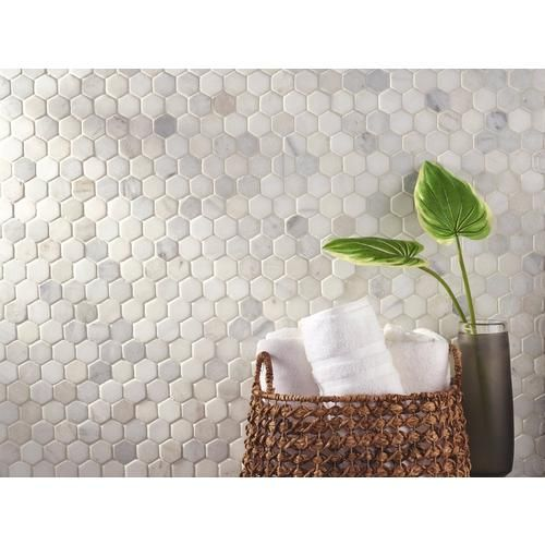 Carrara White Hexagon Marble Mosaic Floor Decor In 2020 Marble Mosaic Marble Mosaic Floor Decorative Tile