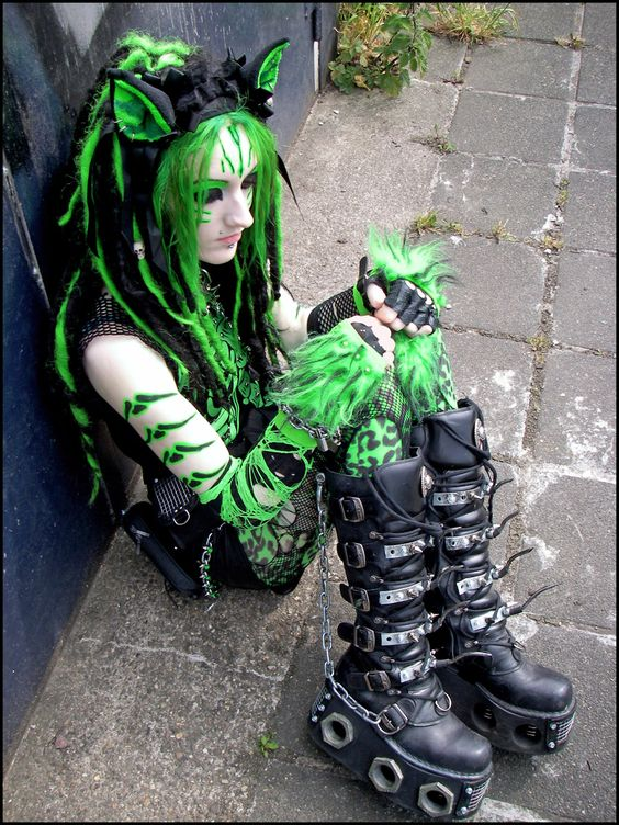 Cyber Goth - Feline Fluorescence Syndrome by ~IztaJupiter on deviantART