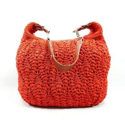 Situs jual beli online untuk produk kerajinan dana buatan tangan seperti furnitur, pakaian, tas, dekorasi, dan produk buatan tangan lainnya.