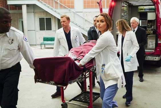 BuddyTV Slideshow | 'Grey's Anatomy' Episode 12.21 Photos: Will Amelia Take Meredith's Advice?