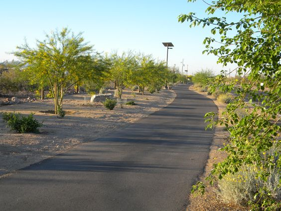 Quartzsite S New Walking Path Along Plymouth From Town Park To Main Street Photo Was Taken Just One Year After Completion Of The Project Looking Goo Town Parks