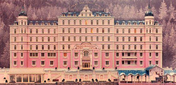 los-personajes-reales-detras-del-grand-hotel-budapest |  http://www.fahrenheitmagazine.com/cultura/cine/los-personajes-reales-detras-del-grand-hotel-budapest/