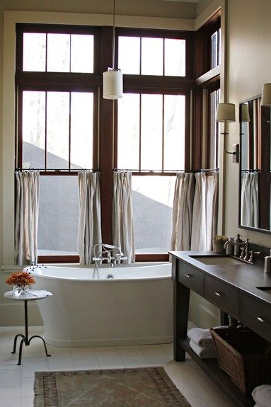 Bañera con ventanal   #bañera #bathtube #free #bath #freebath