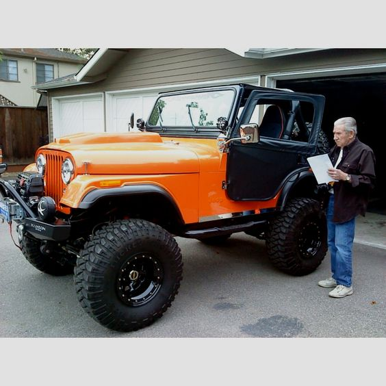 My dad taking delivery of my new CJ5