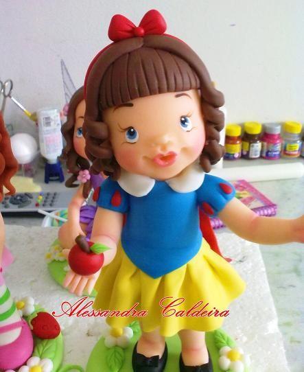 Ateliê Alessandra Caldeira Modelagem em Biscuit: Branca de Neve - Boneca