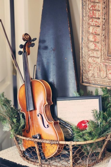 What to do with that old violin someday pinterest for Violin decorating ideas