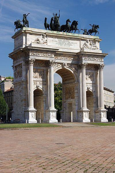 El arco de la Paz, Milán, Italia