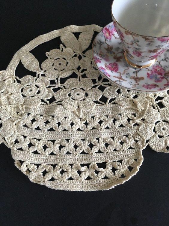 Ecru Vintage Hand Crochet Lace Doily Round Table Topper 20inch Cotton