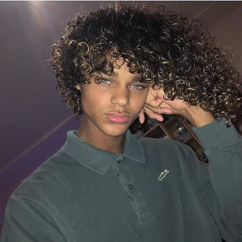 19++ White guy with afro hair information