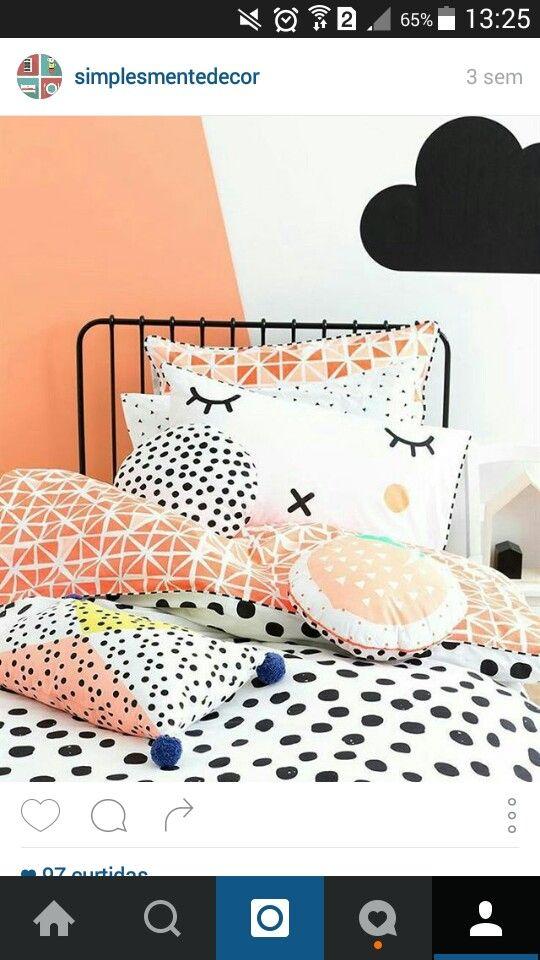 Travesseiros coloridos