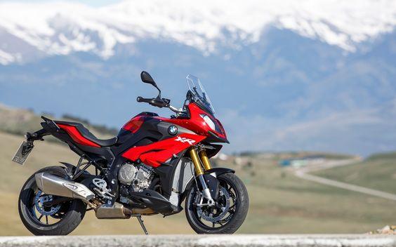 BMW S1000XR: Un superbike de hors-route ? - Lancements - Moto Journal