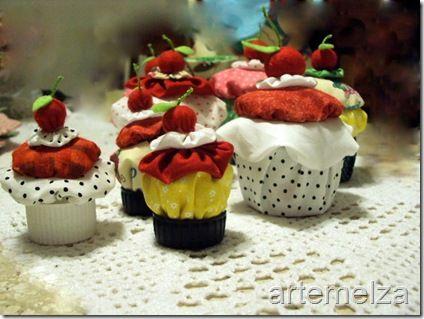 artemelza - cupcake de fuxico