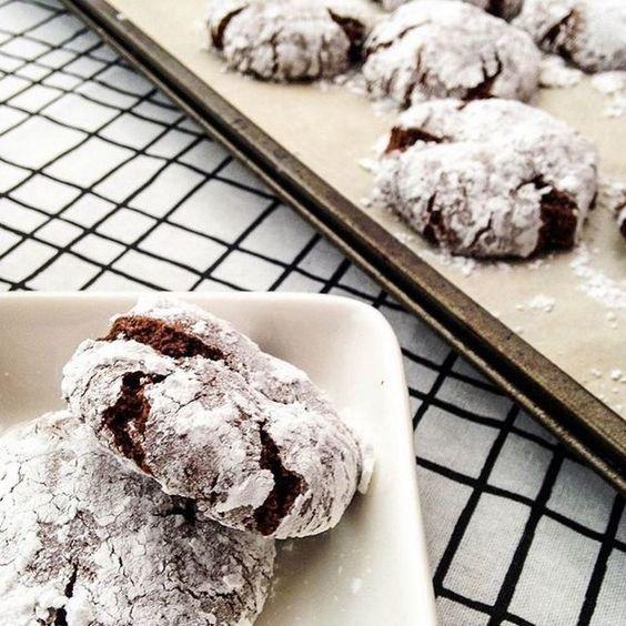 Ces biscuits craquants au chocolat de @projetpastel sont ! C'est notre inspiration #fraichementpresse du jour! #cookingwithlove #homemade #cookies #chocolate #biscuits #dessert #lovefood #cooking #comfortfood #foodblogger #fall #mtlblogger #collation #snack