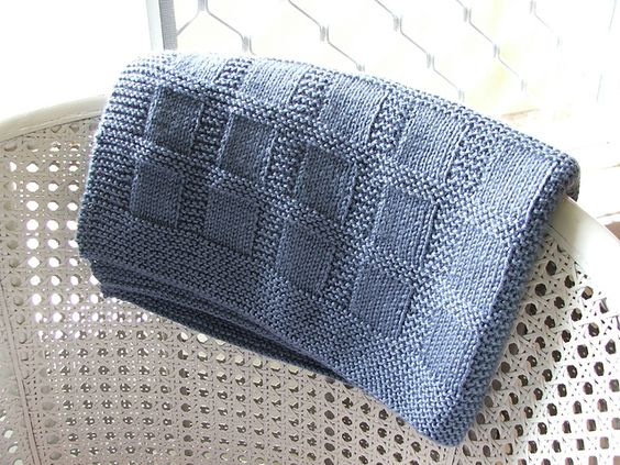 Cascade Knitting Patterns : Sunny Baby Blanket pattern by Lucie Sinkler. Recommended ...